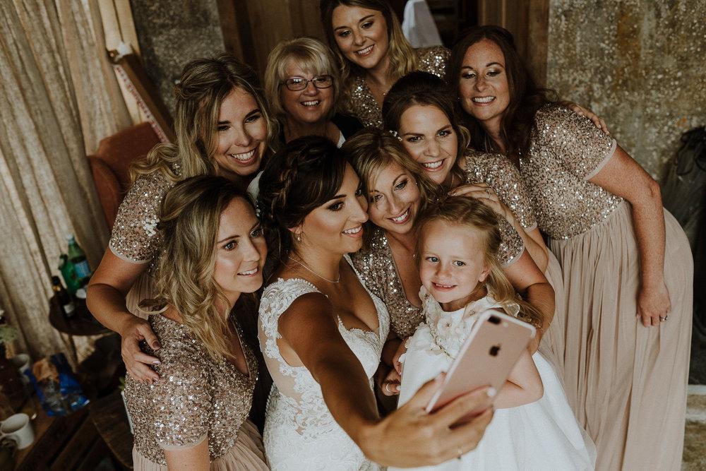 BEST-WEDDING-PHOTOGRAPHER-CORNWALL-AND-DEVON-2019-93.jpg