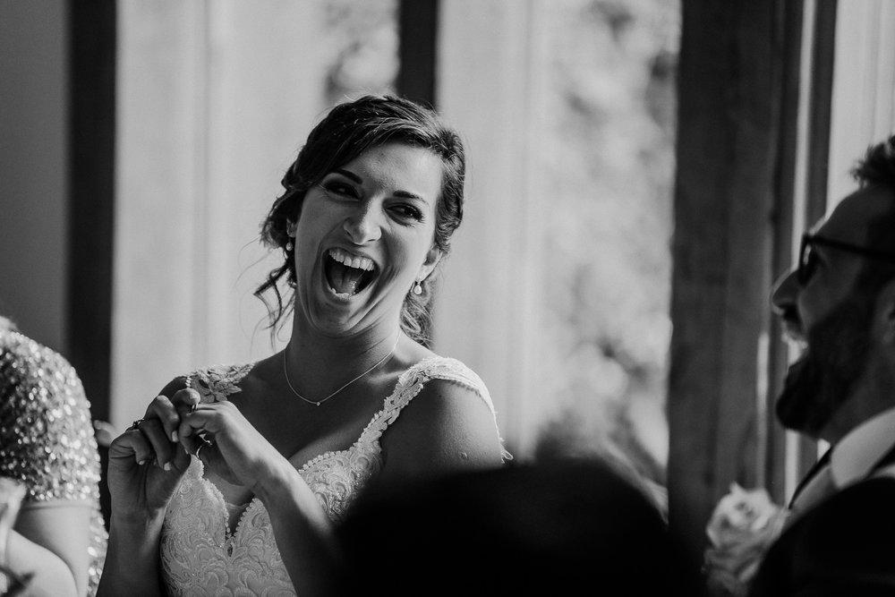BEST-WEDDING-PHOTOGRAPHER-CORNWALL-AND-DEVON-2019-95.jpg