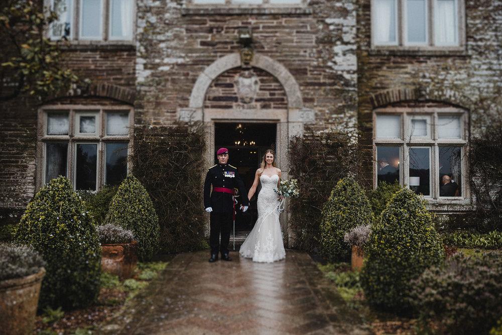 BEST-WEDDING-PHOTOGRAPHER-CORNWALL-AND-DEVON-2019-100.jpg