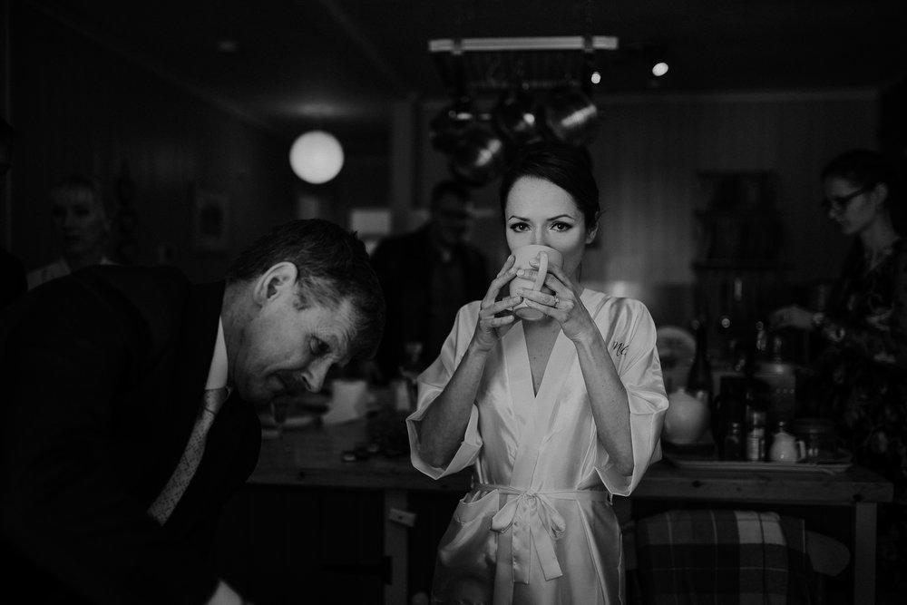 BEST-WEDDING-PHOTOGRAPHER-CORNWALL-AND-DEVON-2019-111.jpg