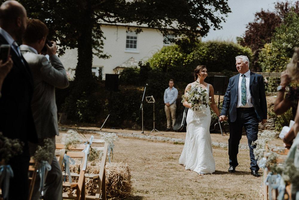 BEST-WEDDING-PHOTOGRAPHER-CORNWALL-AND-DEVON-2019-113.jpg