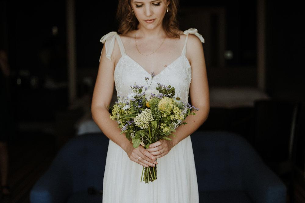 BEST-WEDDING-PHOTOGRAPHER-CORNWALL-AND-DEVON-2019-116.jpg