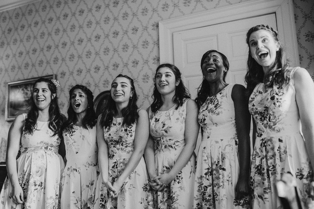 BEST-WEDDING-PHOTOGRAPHER-CORNWALL-AND-DEVON-2019-123.jpg