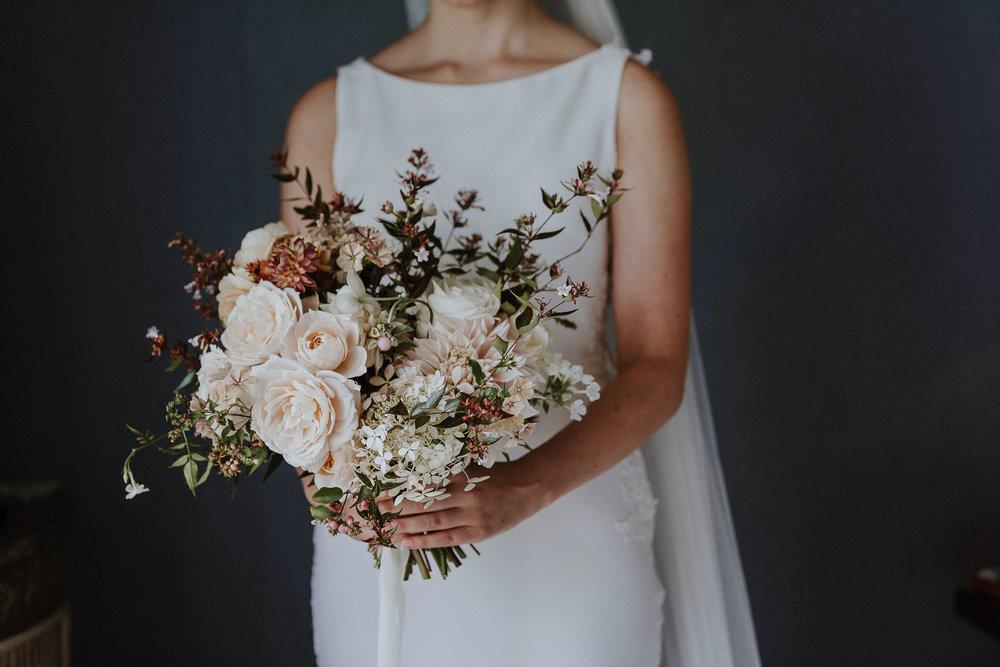 BEST-WEDDING-PHOTOGRAPHER-CORNWALL-AND-DEVON-2019-125.jpg