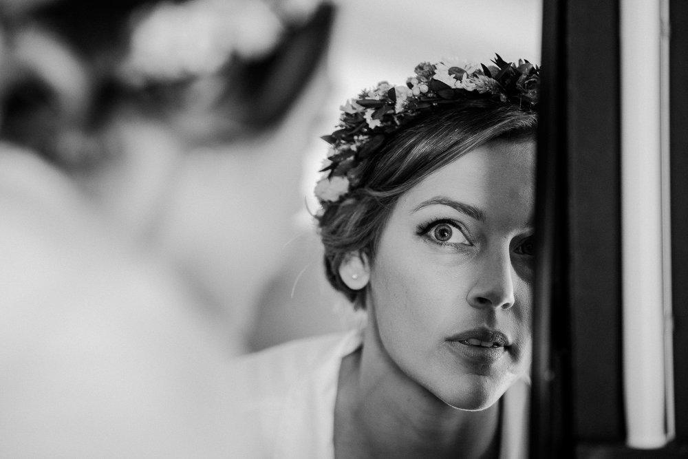 BEST-WEDDING-PHOTOGRAPHER-CORNWALL-AND-DEVON-2019-139.jpg