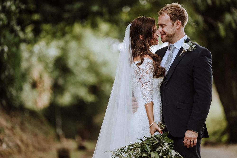 BEST-WEDDING-PHOTOGRAPHER-CORNWALL-AND-DEVON-2019-152.jpg