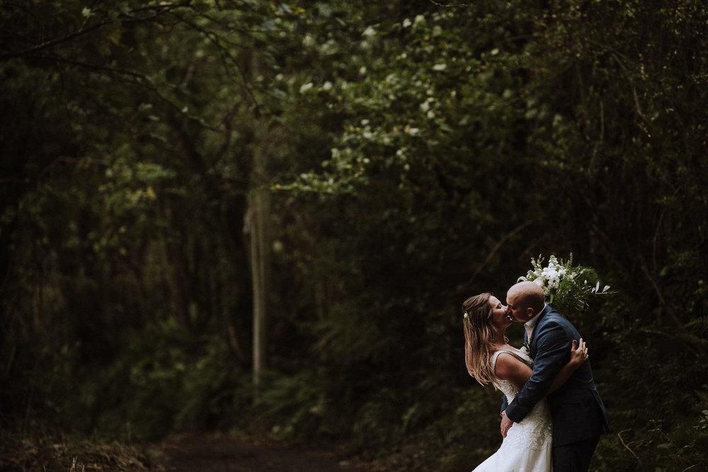 BEST-WEDDING-PHOTOGRAPHER-CORNWALL-AND-DEVON-2019-166.jpg