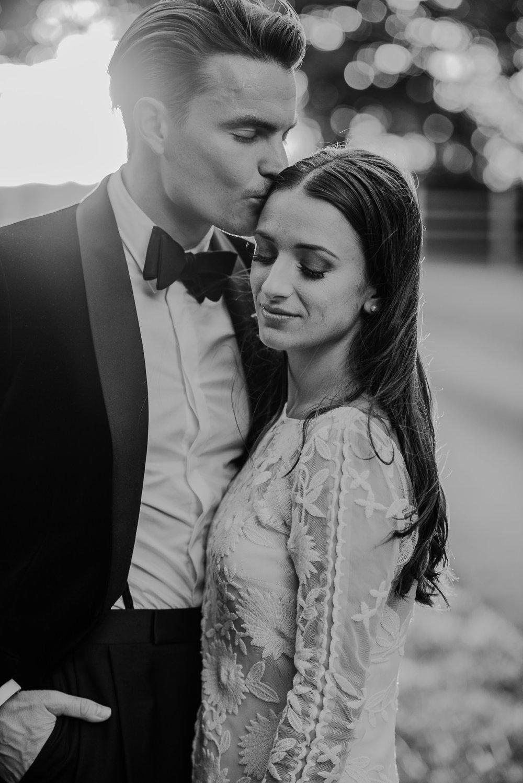 BEST-WEDDING-PHOTOGRAPHER-CORNWALL-AND-DEVON-2019-170.jpg