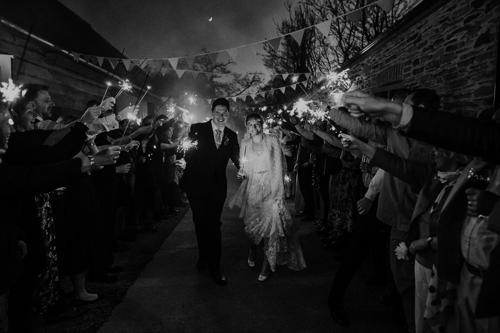 BEST-WEDDING-PHOTOGRAPHER-CORNWALL-AND-DEVON-2019-174.jpg