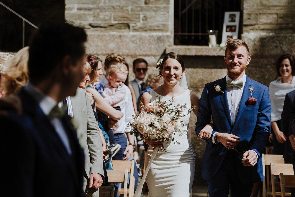 BEST-WEDDING-PHOTOGRAPHER-CORNWALL-AND-DEVON-2019-178.jpg