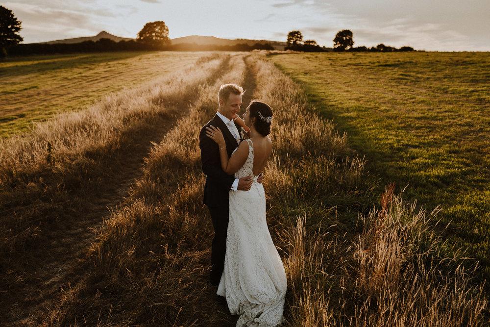 BEST-WEDDING-PHOTOGRAPHER-CORNWALL-AND-DEVON-2019-182.jpg