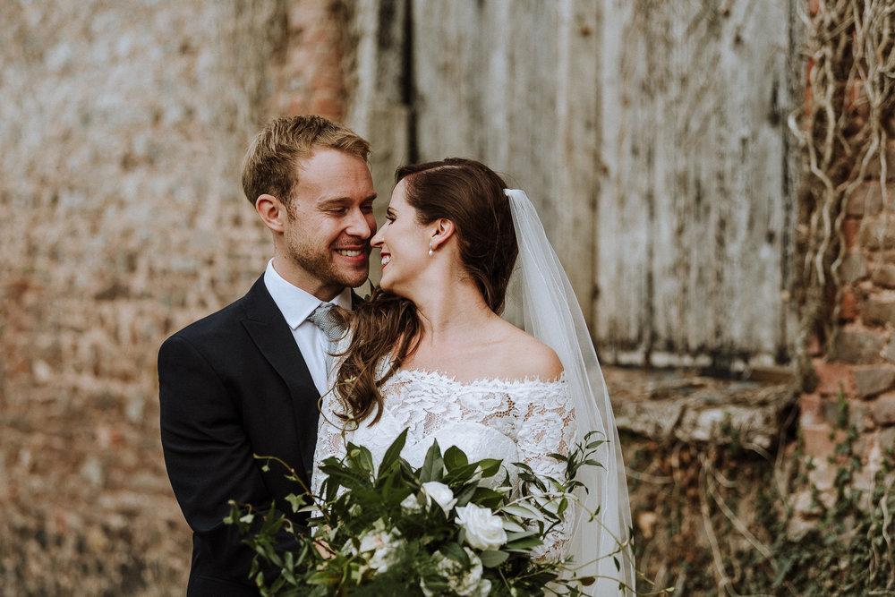 BEST-WEDDING-PHOTOGRAPHER-CORNWALL-AND-DEVON-2019-193.jpg