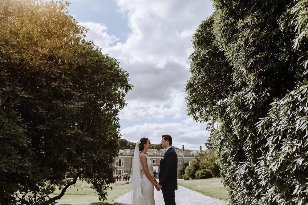 BEST-WEDDING-PHOTOGRAPHER-CORNWALL-AND-DEVON-2019-221.jpg