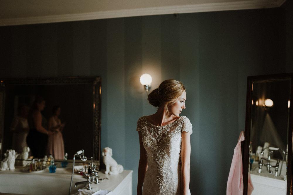 CORNWALL-WEDDING-PHOTOGRAPHER-DEVON-4.jpg