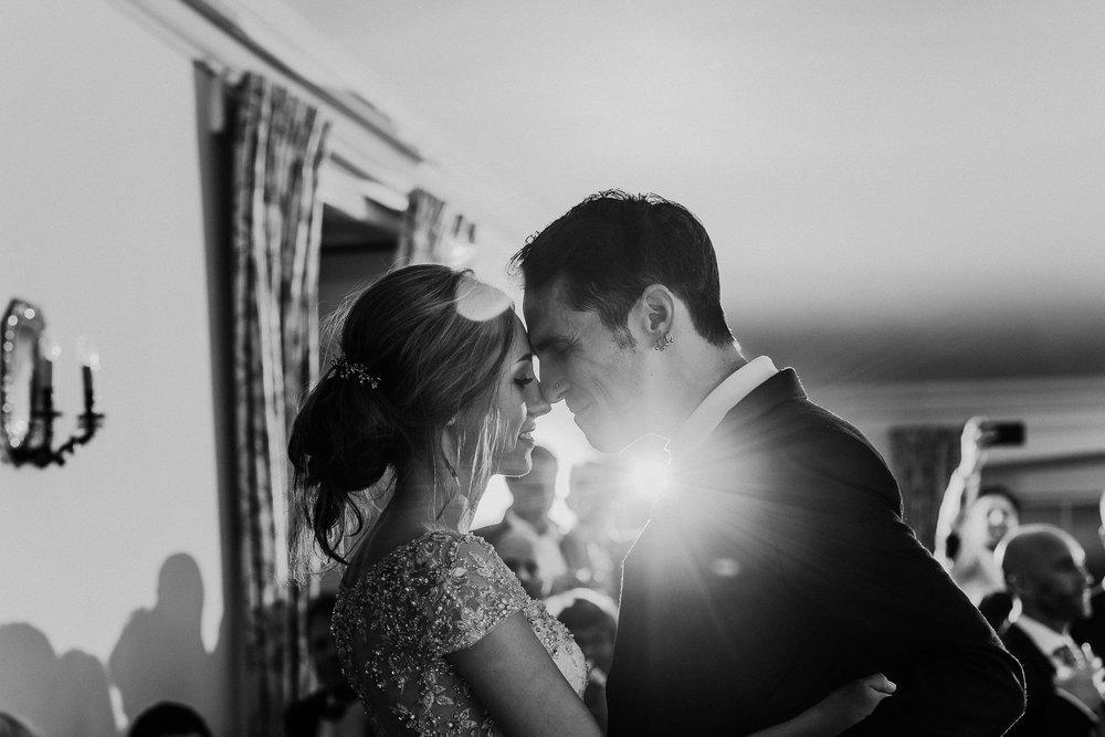 CORNWALL-WEDDING-PHOTOGRAPHER-DEVON-11.jpg