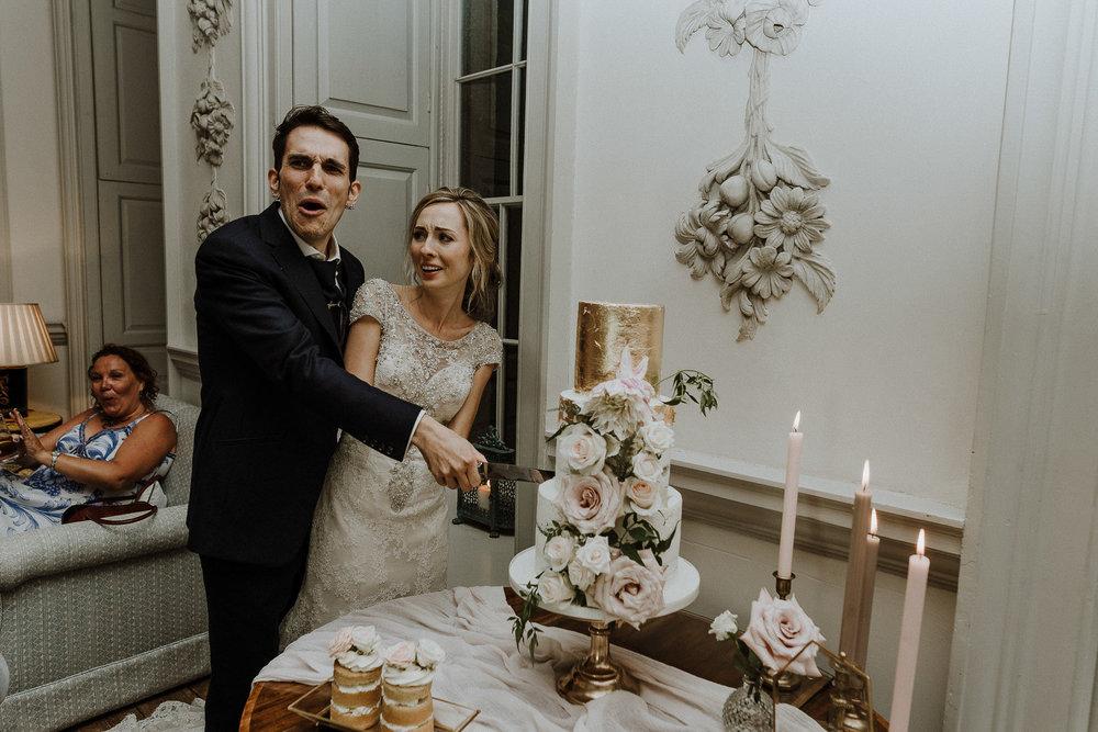 CORNWALL-WEDDING-PHOTOGRAPHER-DEVON-22.jpg