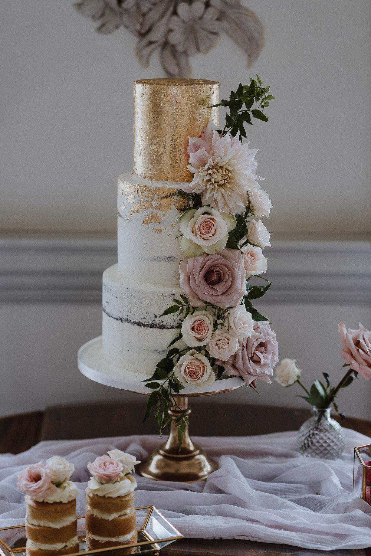 CORNWALL-WEDDING-PHOTOGRAPHER-DEVON-24.jpg