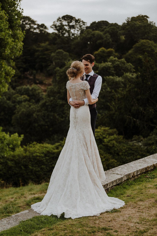 CORNWALL-WEDDING-PHOTOGRAPHER-DEVON-25.jpg