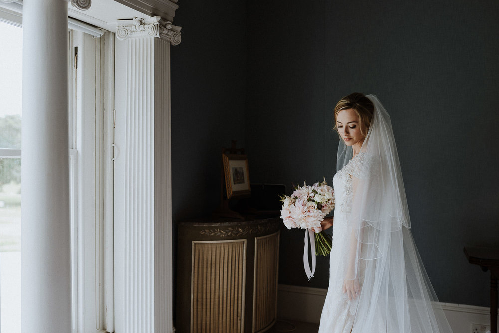 CORNWALL-WEDDING-PHOTOGRAPHER-DEVON-35.jpg