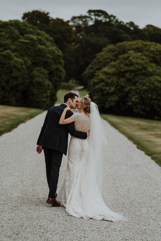 CORNWALL-WEDDING-PHOTOGRAPHER-DEVON-41.jpg
