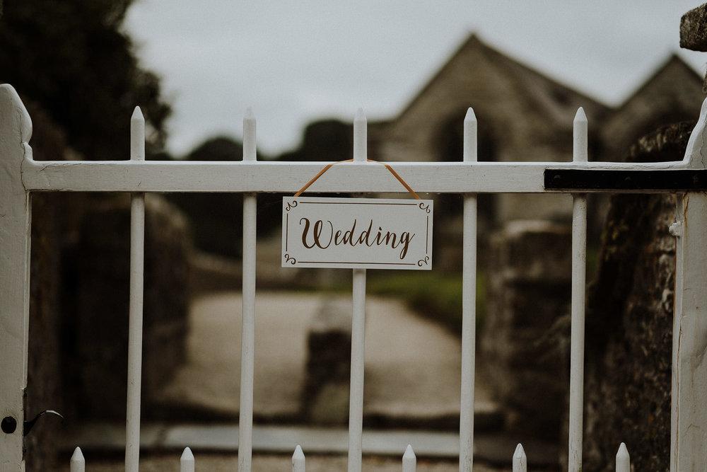 CORNWALL-WEDDING-PHOTOGRAPHER-DEVON-43.jpg