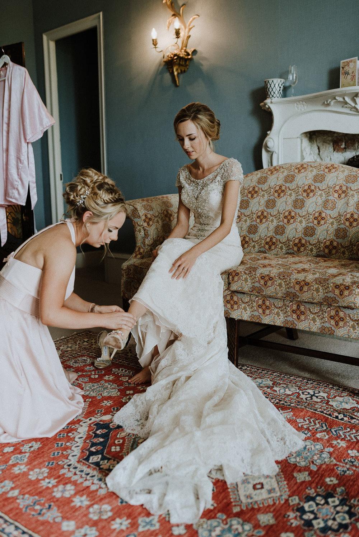 CORNWALL-WEDDING-PHOTOGRAPHER-DEVON-47.jpg