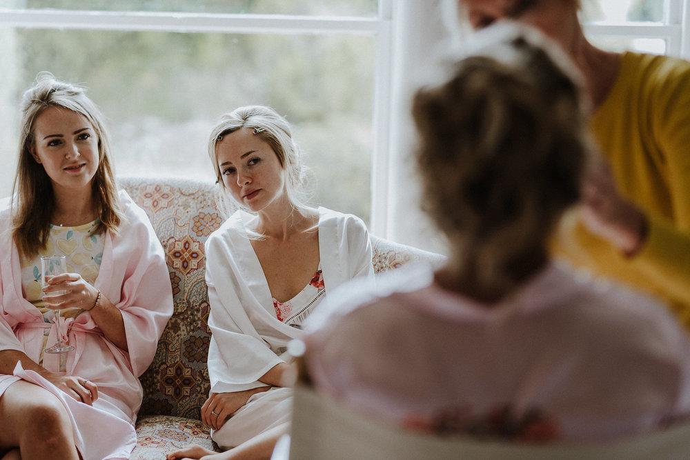 CORNWALL-WEDDING-PHOTOGRAPHER-DEVON-53.jpg