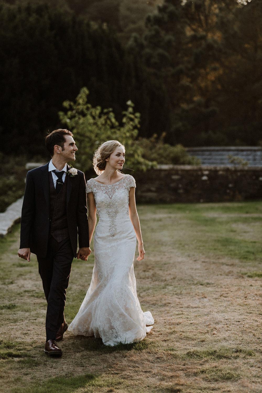 CORNWALL-WEDDING-PHOTOGRAPHER-DEVON-70.jpg