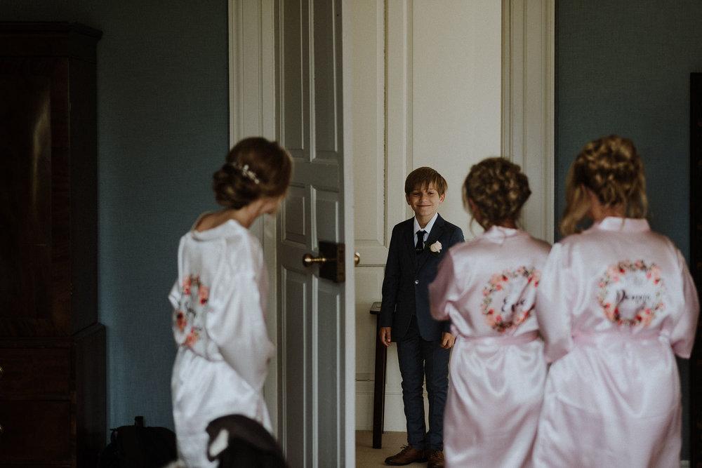 CORNWALL-WEDDING-PHOTOGRAPHER-DEVON-82.jpg