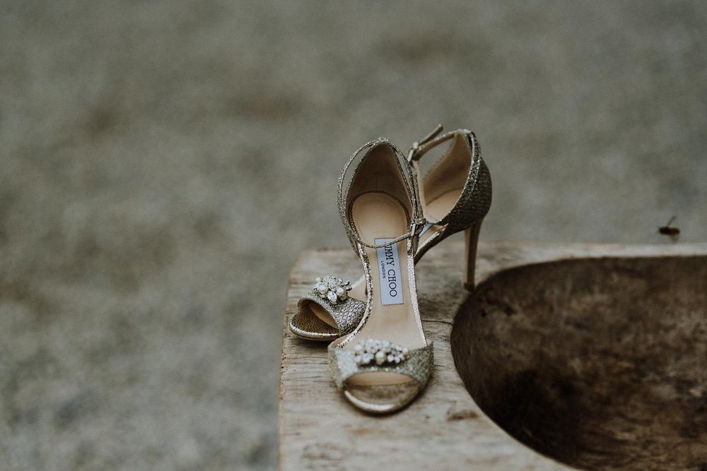 CORNWALL-WEDDING-PHOTOGRAPHER-DEVON-95.jpg