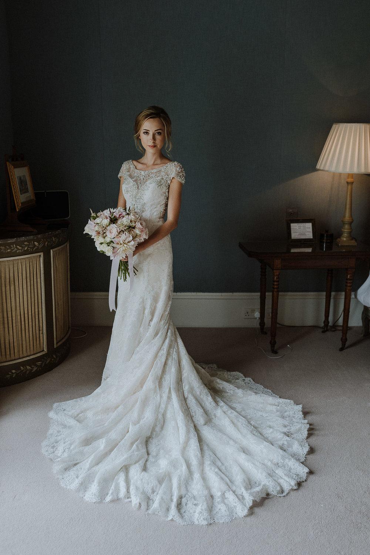 CORNWALL-WEDDING-PHOTOGRAPHER-DEVON-103.jpg