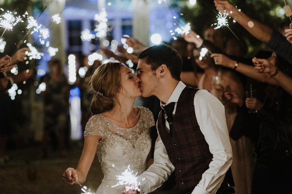 CORNWALL-WEDDING-PHOTOGRAPHER-DEVON-108.jpg