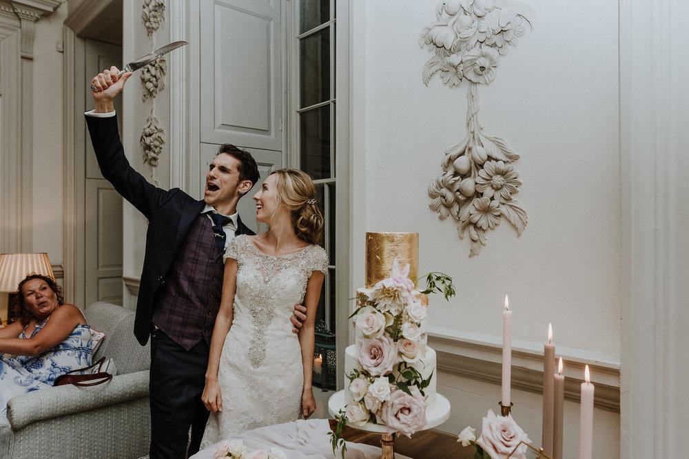 CORNWALL-WEDDING-PHOTOGRAPHER-DEVON-119.jpg
