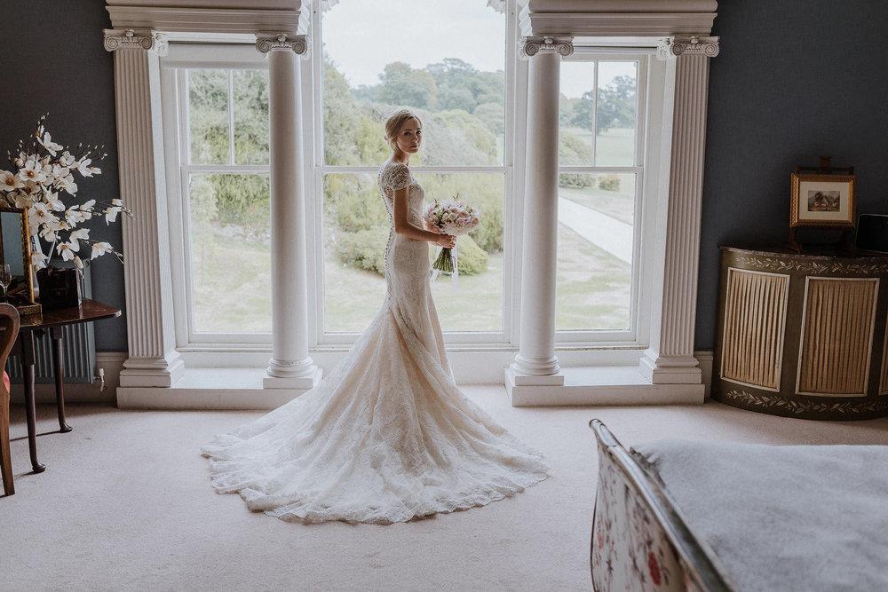 CORNWALL-WEDDING-PHOTOGRAPHER-DEVON-131.jpg