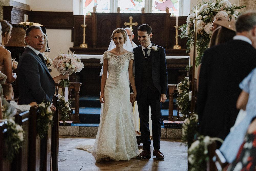 CORNWALL-WEDDING-PHOTOGRAPHER-DEVON-136.jpg