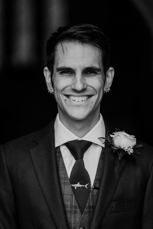 CORNWALL-WEDDING-PHOTOGRAPHER-DEVON-135.jpg