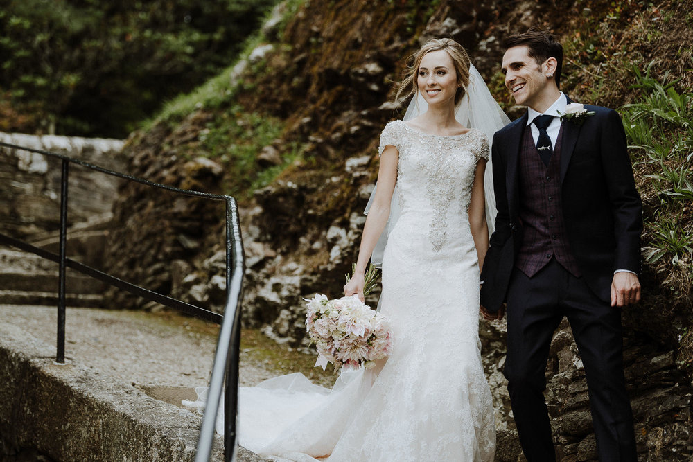 CORNWALL-WEDDING-PHOTOGRAPHER-DEVON-137.jpg