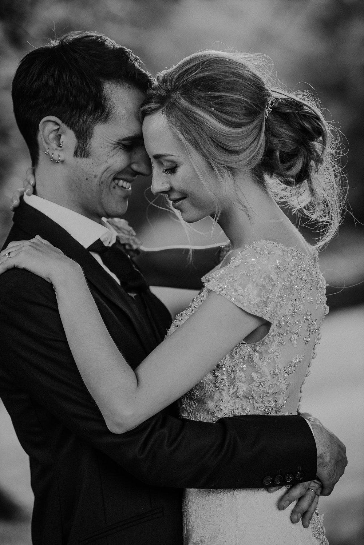 CORNWALL-WEDDING-PHOTOGRAPHER-DEVON-139.jpg
