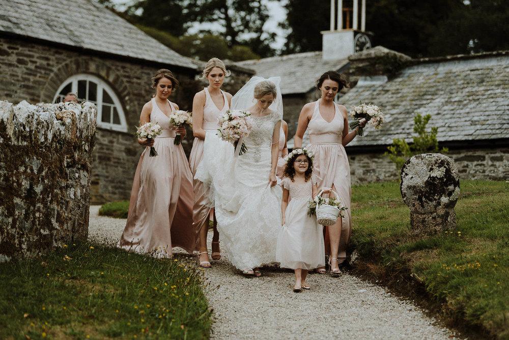 CORNWALL-WEDDING-PHOTOGRAPHER-DEVON-142.jpg