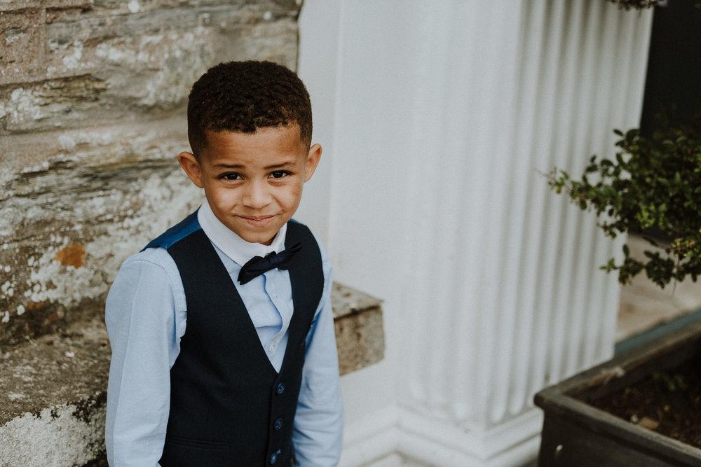 CORNWALL-WEDDING-PHOTOGRAPHER-DEVON-152.jpg