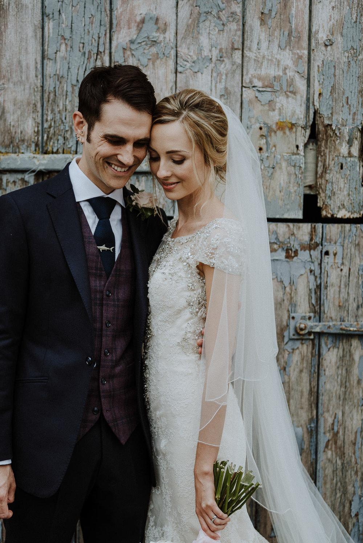 CORNWALL-WEDDING-PHOTOGRAPHER-DEVON-153.jpg