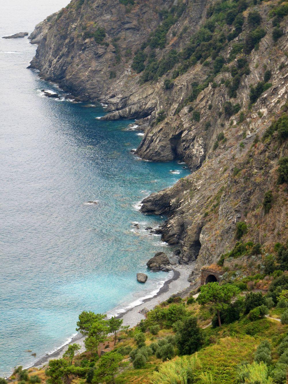 r cliffs.jpg