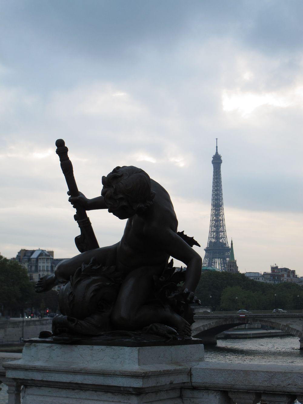 b statue and eiffel.jpg