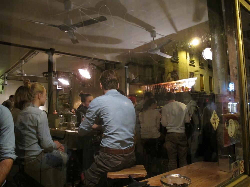 Bones' energetic bar scene