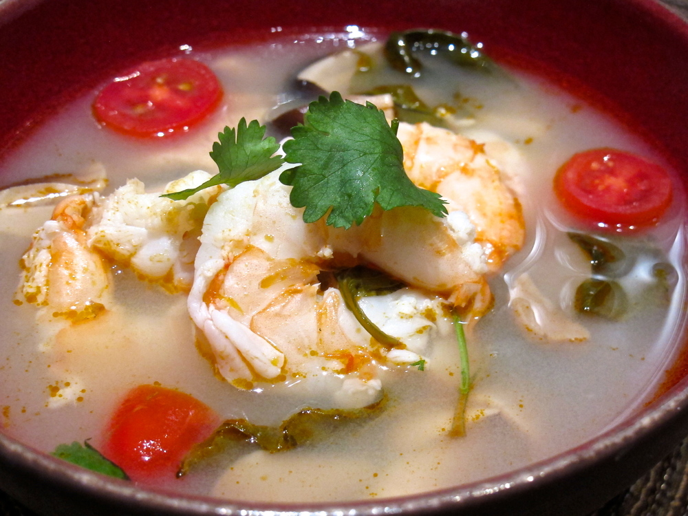 Thai sour spicy shrimp soup.JPG