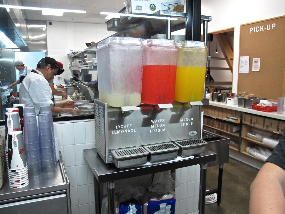 Komodo lychee lemonade