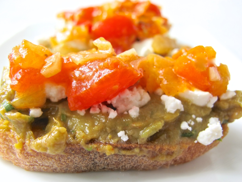 Avocado crostini with tomato salsa