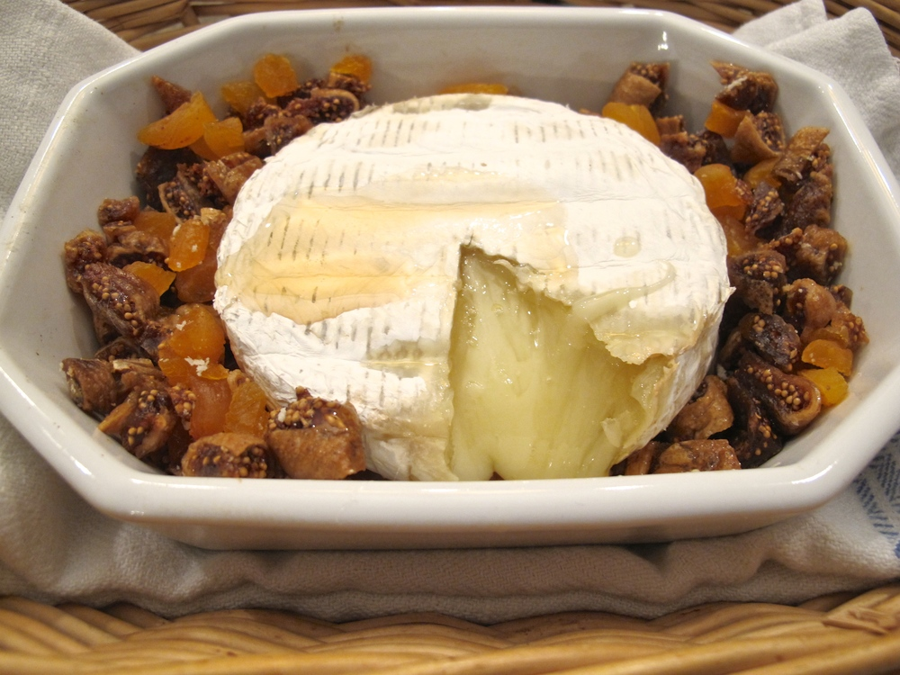 Baked brie with dried apricots and figs