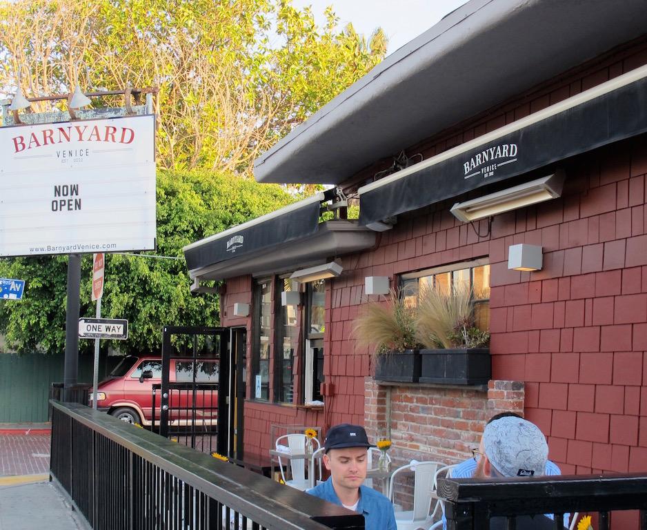 Barnyard Venice Restaurant