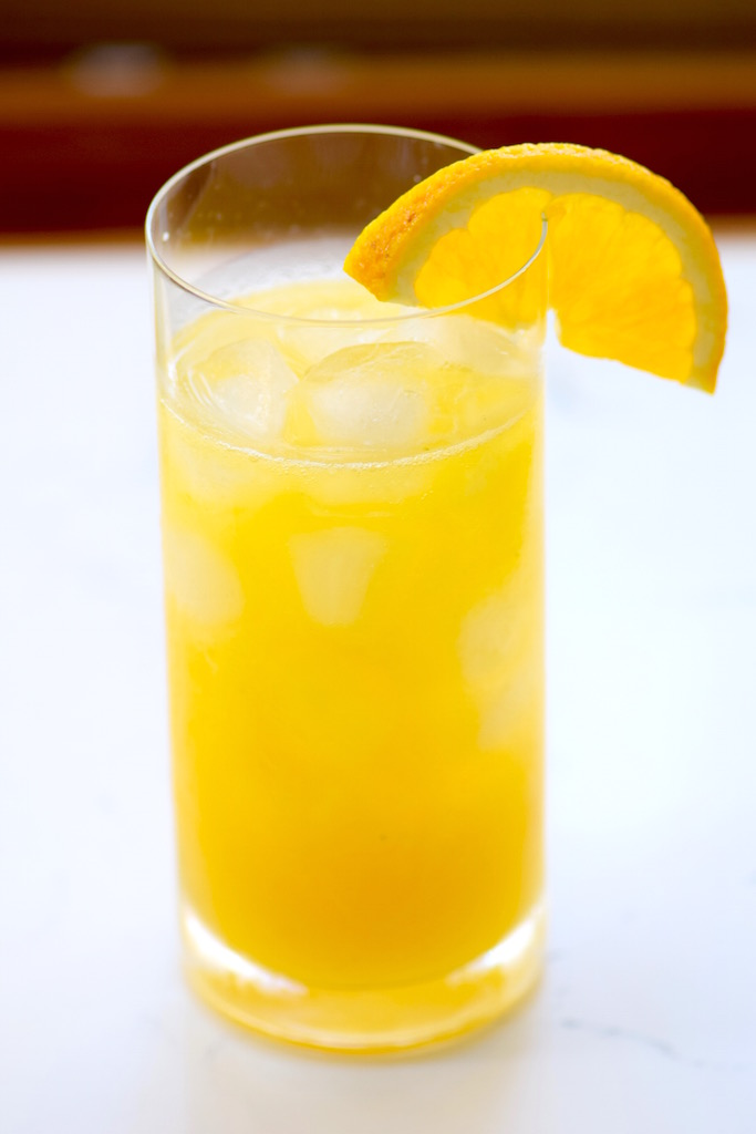 Fresh Mango Cocktail | TastingPage
